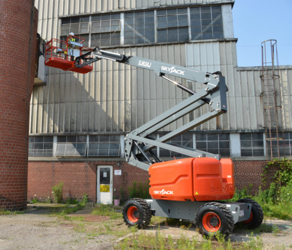 Types of Construction Lifts, Scissor Lifts, Boom Lifts